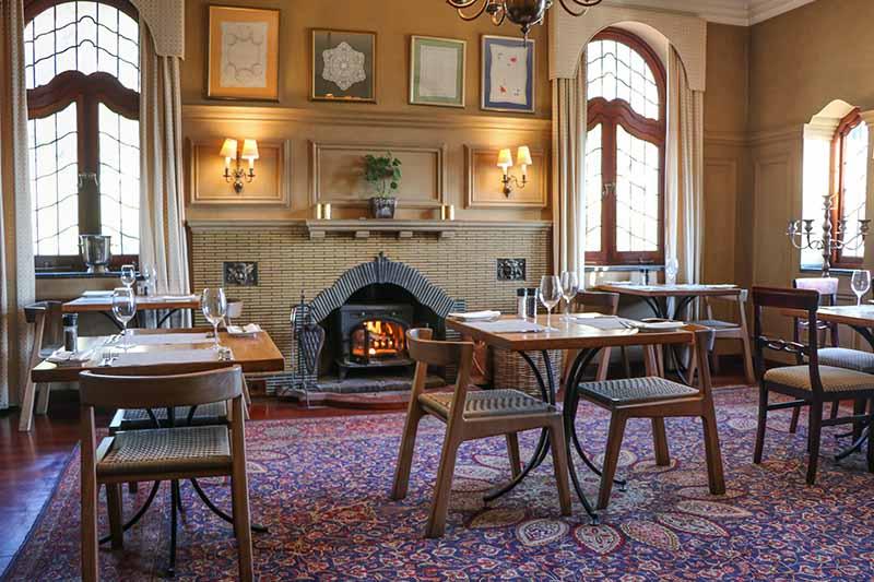 CBR-von-kamptz-dining-interior