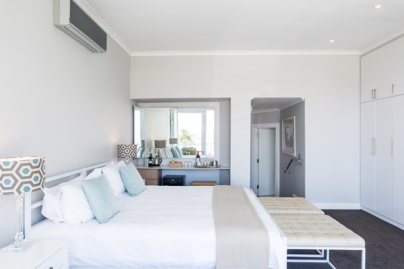 Camps-Bay-Retreat-villa-5-room17-bedroom-angle-2