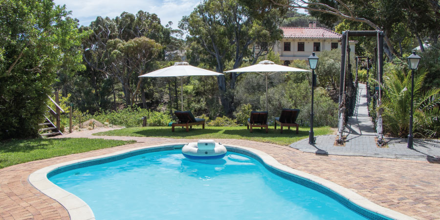 camps-bay-retreat-deck-house-pool
