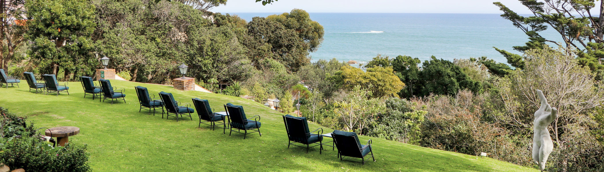 camps bay retreat lawn view