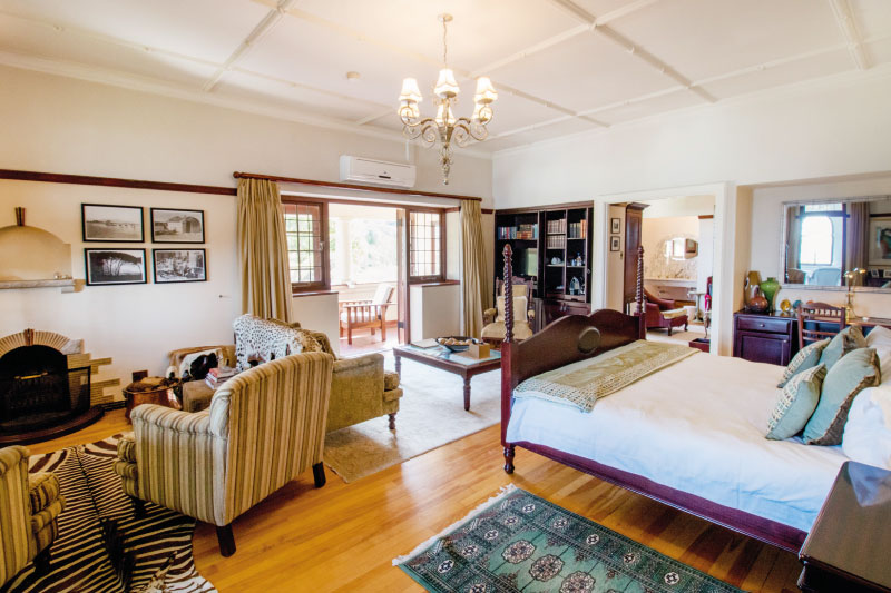 camps-bay-retreat-room1-bedroom-1