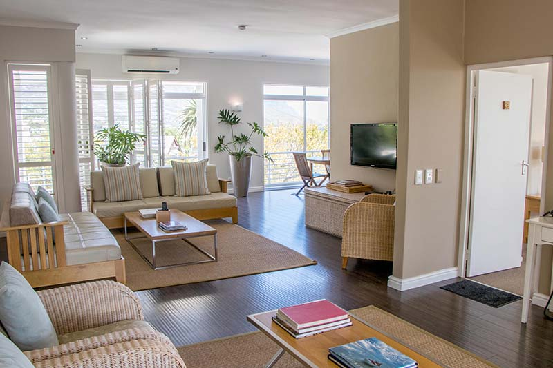 camps-bay-retreat-suite16-balcony-living-room-1-new