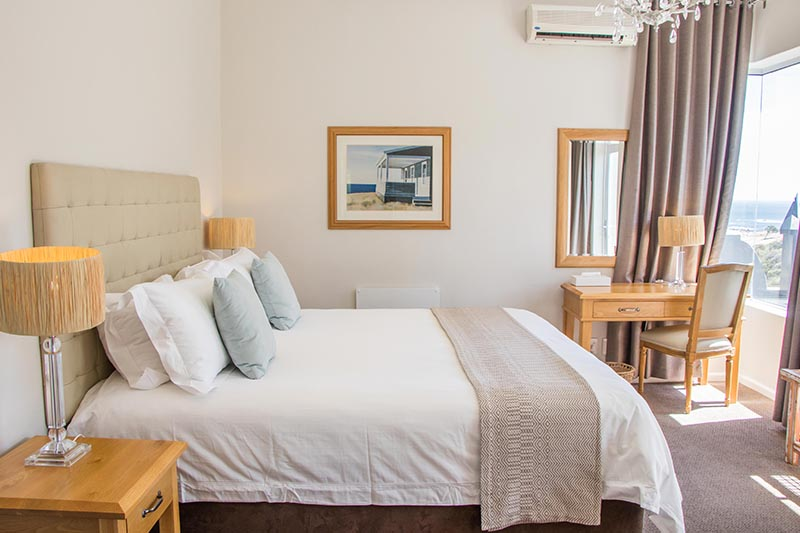 camps-bay-retreat-suite16-bedroom-1-new
